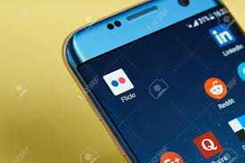 Smartphone Vs iPhone - Pro dan Kontra
