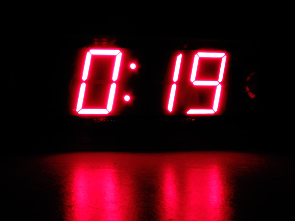 Bagaimana Dengan Radio Jam yang Mengkhawatirkan?